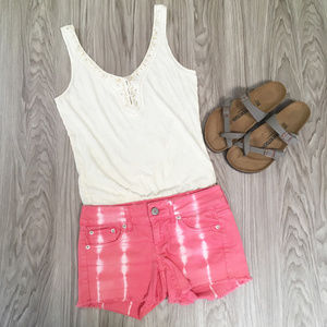 AMERICAN EAGLE Cute Pink Tie Dye Denim Shorts!